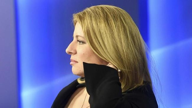 Kemenangan Caputova dianggap sebagai tonggak sejarah bukan hanya karena ia perempuan, tapi juga partainya tak memiliki kursi di parlemen. (Reuters/Radovan Stoklasa)