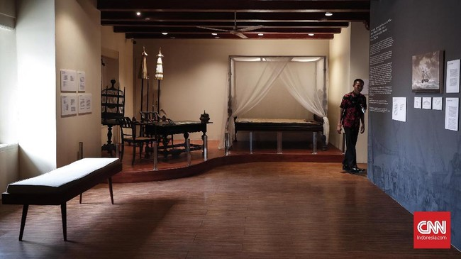 Pangeran Diponegoro ditangkap di Magelang dan pada 28 Maret 1830 dibawa ke Batavia dari Semarang. Di sini ia ditempatkan di apartemen pribadi kepala dinas penjara Batavia. (CNNIndonesia/Safir Makki)