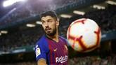 Penyerang Barcelona Luis Suarez berada di posisi sepuluh. Pemain asal Uruguay itu mendapatkan €28 juta atau setara Rp446,5 miliar tahun ini dari Barcelona dan pendapatan sponsor. (REUTERS/Marcelo del Pozo)