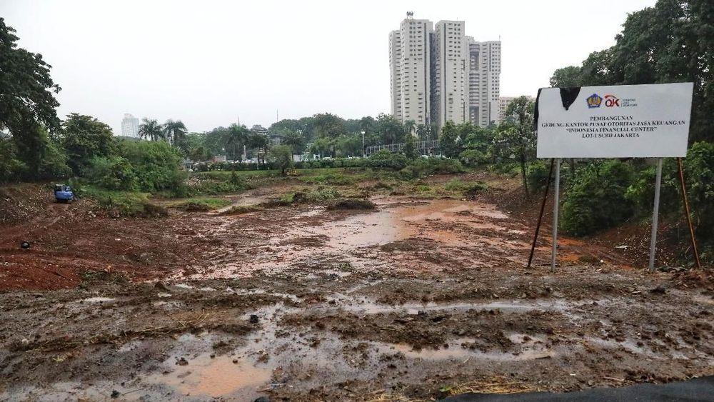 Suasana lahan Milik Negara yang berada di LOT-1 SCBD Jakarta, Selasa (2/4/2019). (CNBC Indonesia/Andrean Kristianto)