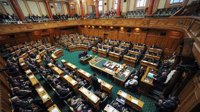 Parlemen Selandia Baru Loloskan Aturan Pengetatan Senjata