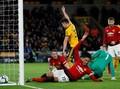 FOTO: Man United 'Kehabisan Bensin' Dikalahkan Wolves