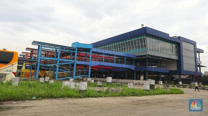Mengintip Terminal Pondok Cabe yang Sepi Penumpang