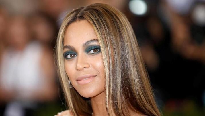 Bukan Olahragawan, Adidas Gandeng Beyonce Jadi Model Ivy Park