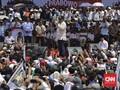 Prabowo Terima Amplop dan Cincin dari Pendukungnya di Ciamis