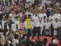 Jurus 'Pantun' Jokowi Demi Raih Suara Pilpres di Sumatera