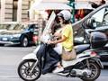 Cara Pengendara Motor Wanita Hindari Jambret Bermotor