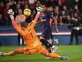 Dani Alves Resmi Tinggalkan PSG