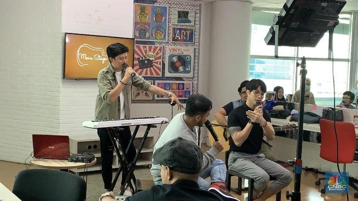Ditinggal Yovie Widianto, Bagaimana Nasib Band Yovie & Nuno?