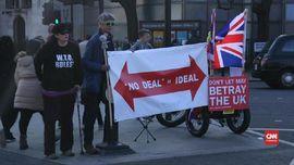 VIDEO: Parlemen Tak Kunjung Sepakat, May Ancam Brexit Batal