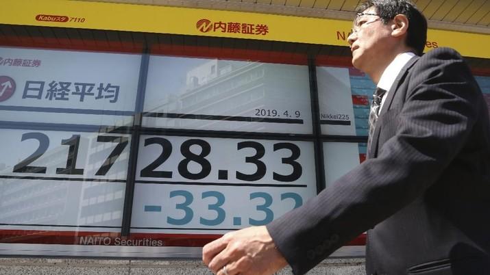 Tertular Wall Street, Bursa Jepang Dibuka Melemah