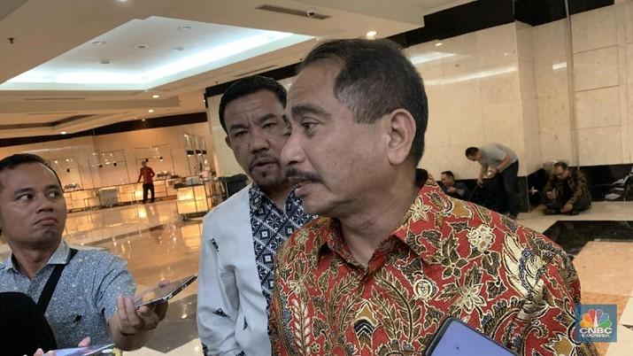 Setelah lima tahun melakukan berbagai upaya, akhirnya Indonesia terpilih menjadi destinasi wisata halal terbaik dunia tahun ini.