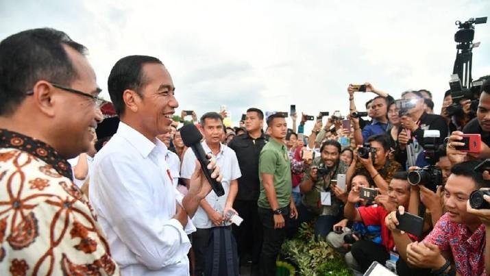 Istana Jelaskan Secara Lengkap 3 Kartu 'Sakti' Jokowi