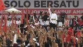 Dalam kampanye akbar di Solo tersebut Jokowi menargetkan perolehan suara di Jawa Tengah sebanyak 70 persen.( ANTARA FOTO/Wahyu Putro A)