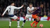 Manchester City menjadi klub kedua yang merasakan stadion baru milik Tottenham Hotspur, Stadion Tottenham, setelah Crystal Palace. Saat melawan Tottenham, Man City langsung menekan sejak menit awal. (Reuters/Paul Childs)