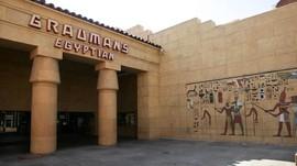 Netflix Dikabarkan Bakal Beli Bioskop Bersejarah di Hollywood