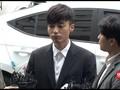 VIDEO: Sebarkan Video Porno, Penyanyi Roy Kim Minta Maaf