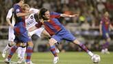 Pertemuan pertama Lionel Messi melawan Manchester United di Liga Champions terjadi pada 23 April 2008 di Camp Nou pada leg pertama semifinal. Messi bermain 62 menit dan laga berakhir imbang tanpa gol. (AFP PHOTO/LLUIS GENE)