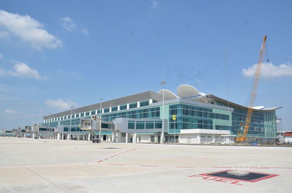 Bandar Udara (Bandara) Kertajati kembali menuai kritik dari orang nomor dua di Indonesia lantaran minim aktivitas.Pasalnya, JK berpendapat bahwa jarak bandara tersebut terlalu jauh dari Bandung, Ibukota Provinsi Jawa Barat. (dok BKIP Kemenhub/File foto)