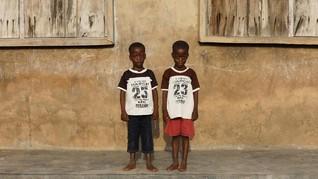 FOTO: Pasangan Kembar di Seantero Kota Igbo Ora