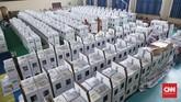 Kotak Suara dan logistik Pemilu 2019 lainnya tengah dipersiapkan dan akan diidistribusikan ke sejumlah Kelurahan dan TPS di wilayah Kecamatan Tanah Abang, Jakarta, Rabu, 10 April 2019. (CNNIndonesia/Safir Makki)