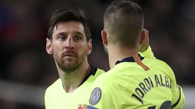 Setelah insiden berdarah, Lionel Messi tidak mampu berbuat banyak ketika melawan Manchester United. Sebelumnya Messi menjadi penentu gol Barcelona yang tercipta melalui bunuh diri Luke Shaw. (Reuters/Lee Smith)