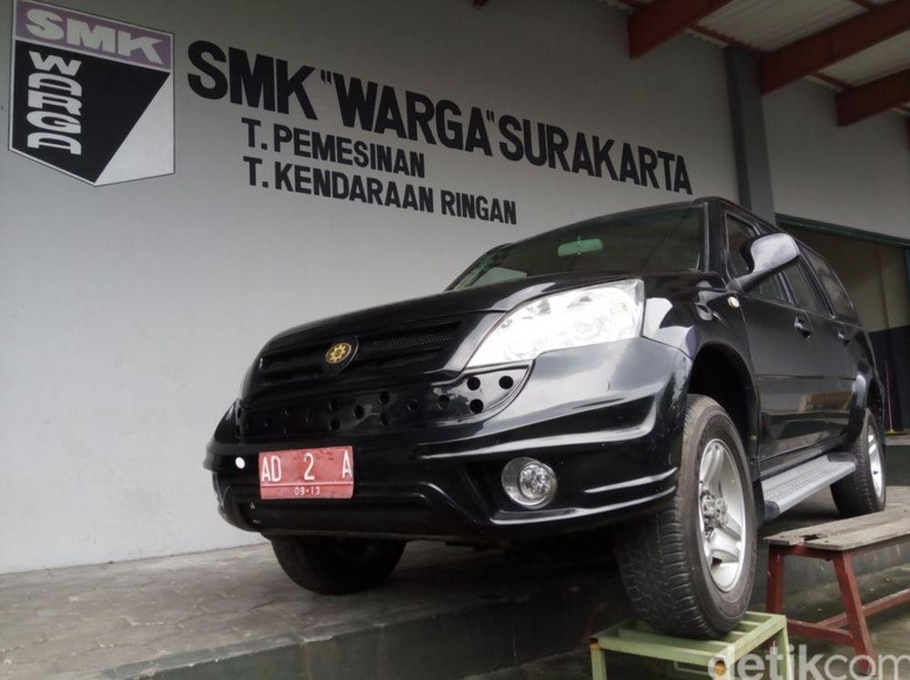 Nama Esemka jadi lebih naik lagi ketika Joko Widodo yang kala itu masih menjadi Walikota Solo pada 2011. Sampai saat ini nama Esemka melekat dengan Jokowi.