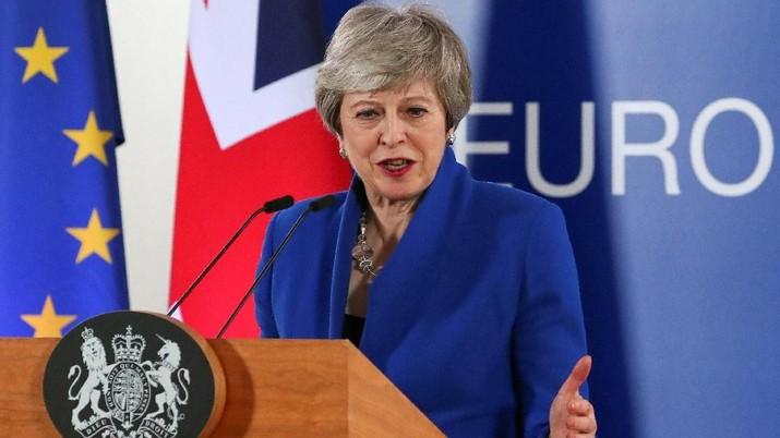 Resmi, PM Inggris Theresa May Nyatakan Mundur