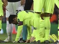 FOTO: Detik-detik Lionel Messi Berdarah Dihajar Smalling