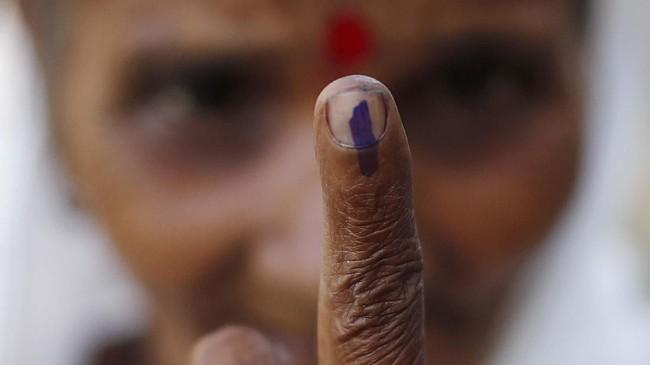Pemilu India 2019 digelar bertahap, mulai dari 11 April sampai 19 Mei karena jumlah pemilih yang sangat banyak di dalam dan luar negeri. (REUTERS/Adnan Abidi)