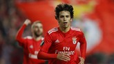 Manchester United, Manchester City, dan Real Madrid disebut sebagai peminat Joao Felix. (REUTERS/Pedro Nunes)