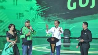 Jokowi Beri Sepeda ke Pengemudi Gojek Pengantar Pesanannya