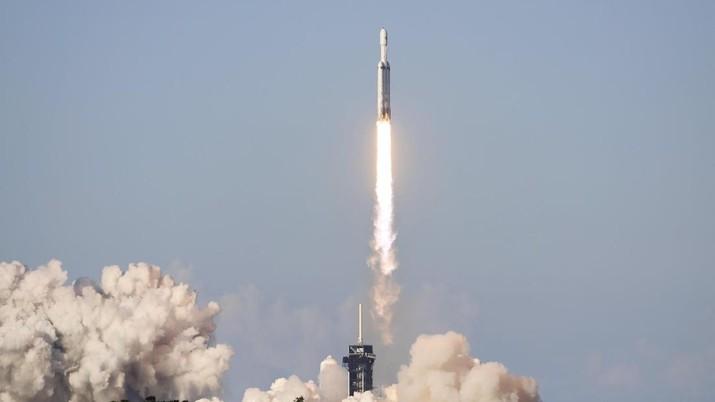 Satelit Palapa-N1 Indonesia yang diluncurkan oleh roket perusahaan China, gagal dan meledak.