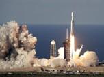 Setelah Sempat Gagal, SpaceX Akhirnya Luncurkan Falcon Heavy