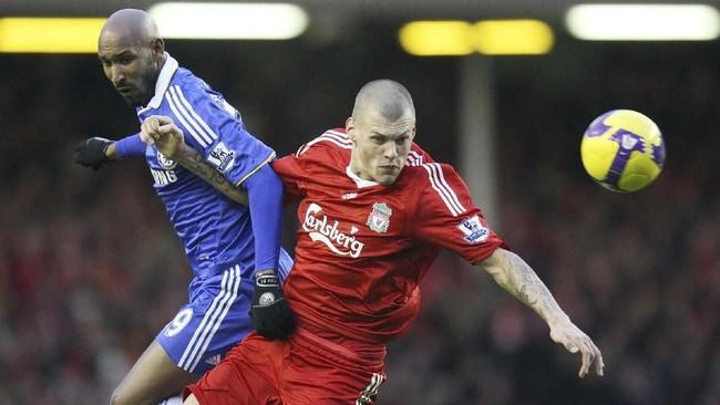 Nicolas Anelka hanya setengah bermain untuk Liverpool, mulai Januari-Juni 2002. Pada Januari 2008 Anelka direkrut Chelsea dari Bolton Wanderers. Bersama The Blues Anelka meraih sejumlah trofi penting, mulai dari Liga Primer Inggris, Piala FA, hingga Liga Champions. (Action Images / Carl Recine)
