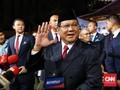 Ucapkan Ultah ke Titiek, Prabowo Pamer Foto Keluarga