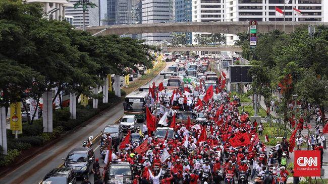 Massa Jokowi-Ma'ruf Sempat Luber Hingga Jalan Sudirman