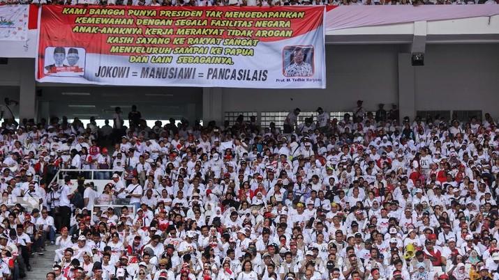 Kumpulan Massa yang Menyemut di Kampanye Akbar Jokowi-Ma'ruf