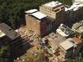 FOTO: Bangunan Runtuh di Rio de Janeiro Telan Korban