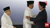 Dua pasangan calon presiden dan wakil presiden Joko Widodo - Maruf Amin dan Prabowo Subianto - Sandiaga Uno saat debat terakhir capres - cawapres di Pilpres 2019 di Jakarta, Sabtu, 13 April 2019. (CNN Indonesia/Adhi Wicaksono)
