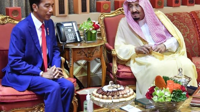 Jokowi: Raja Salman Setuju Kuota Haji Ditambah 10 Ribu Orang
