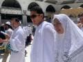 Umrah, Sandi Bakal Temui Rizieq Shihab di Arab Saudi