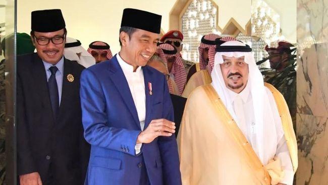 Tiba di Arab, Jokowi Bakal Santap Siang Bersama Raja Salman