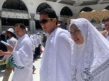 Di Masa Tenang, Sandiaga Umrah, Prabowo Pilih Ziarah