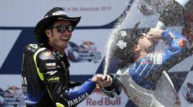 FOTO: Momen MotoGP Amerika, Marquez Jatuh dan Rossi Podium