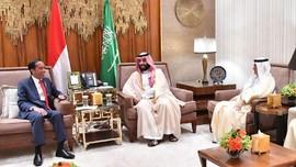 Batal ke Jakarta, Pangeran Saudi Jamu Jokowi di Istananya