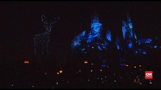 VIDEO: 'Dunia Gelap' Ambil Alih Pertunjukan Cahaya Hogwarts