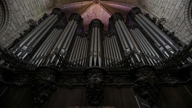 Bukti kemegahan arsitektur Gereja Notre Dame di Paris, Prancis. (Ludovic MARIN / AFP)