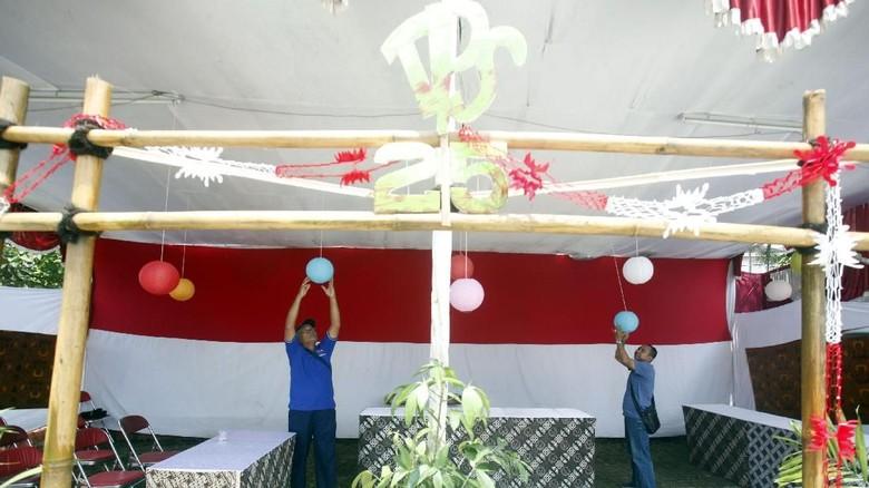 Mengintip Persiapan di TPS Tempat Ma'ruf dan Sandi Mencoblos