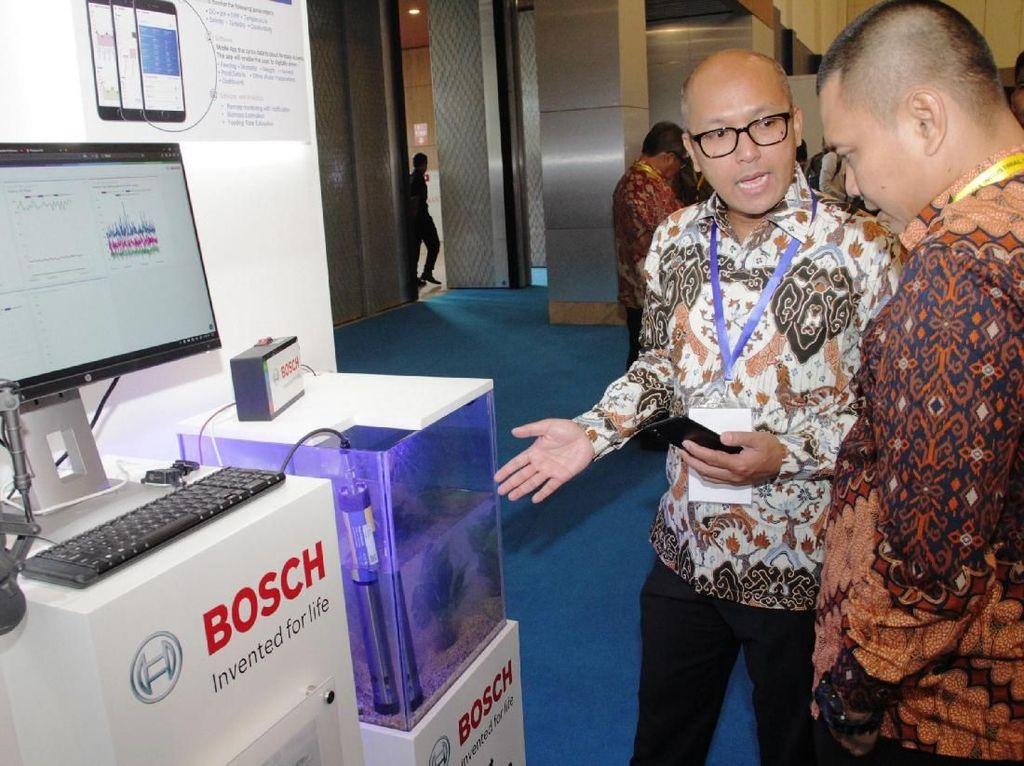 TRACI bisa diakses dari jarak jauh bahkan dalam kondisi jaringan telekomunikasi yang kurang stabil sekalipun. Dengan keahlian dan pengalamannya, Bosch siap mendukung pemerintah dalam mendorong implementasi Industri 4.0 di Indonesia. Foto: dok. Bosch